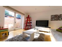 **1 BEDROOM FLAT** PRIVATE GARDEN! AVAILABLE EARLY FEB! UNFURNISHED! REFURBISHED! FINSBURY PARK, N4!