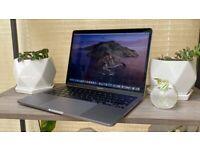 Apple MacBook Pro **2017** 13 inch RETINA Core i7 2.5 Ghz 16gb Ram 500GB SSD Logic ProX Office