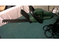 HEDGE TRIMMER BLACK & DECKER REDUCED MUST GO