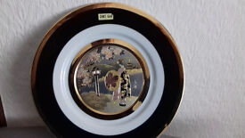 "27cm Black/Gold ""The Art Of Chokin"" plate with 24kt Gold Edge"