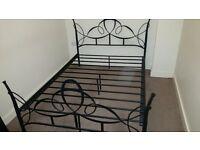 "Metal 4'6"" bed frame in black"