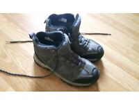 Hiking Boots Size 4