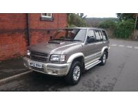 Isuzu Trooper 3.0 TD Insignia 4x4 5dr LWB AUTOMATIC Top of the range and rare