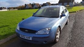 Ford Mondeo 1.8 tow bar twin elec good condition for age mot till 27 march