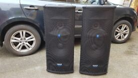 Mackie SR1530 3 Way Active PA Speakers Pair 500w Each with Manual