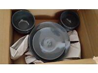Essence Stoneware dining set - FREE