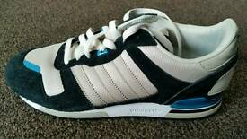 ADIDAS ZX 700 TRAINERS SIZE 10
