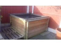 """WOODEN RAISED PATIO POND 260 GALLONS 1.5 METER X1.5 METER 32"""" HIGH WITH WOODEN AND NET FRAME"""