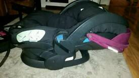 Stokke BeSafe Izi sleep car seat + iso fix base