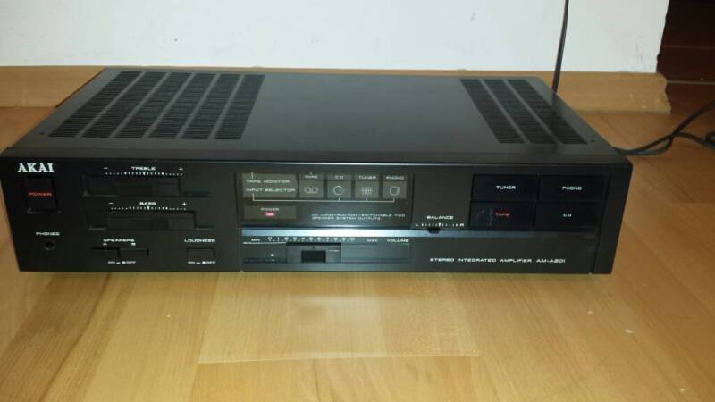 akai stereo integrated amplifier am a201 in n rnberg oststadt radio receiver gebraucht. Black Bedroom Furniture Sets. Home Design Ideas