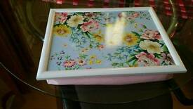 Laptop soft tray