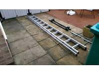 Ladders clamps and roof bars locking