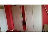 5 Door Wadrobe - Excellent condition / Free local delivery
