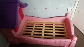 Little Tikes Princess Cottage Bed
