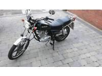 Suzuki GN25 125cc motorcycle