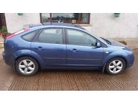 FORD FOCUS ZETEC WITH CLIMATE PACKAGE, 1.6L, GREAT CAR, 1 YEAR MOT, MUST SELL