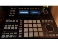 Native Instruments Maschine Studio - MINT CONDITION