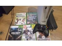 xbox 360 hdmi 120gb wireless pad 5 games gta cod ect