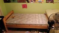 2 Twin beds with mattress