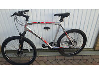 Gents AMMACO MTX650 Mountain bike. Front & Rear disc brakes, front suspensions Practically new £200