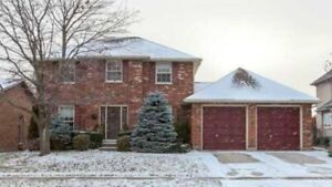 House rent 5 Bed room Ancaster (3000 sq ft)  $2950