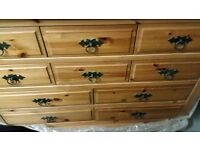 La rge Chest of Drawers