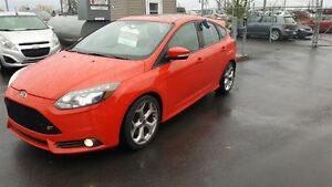 2013 Ford Focus ST CUIR TOIT MAGS