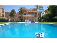 """LA VISTA""- a fabulous 3 bed holiday Penthouse apartment in Calahonda, Spain (nr Marbella)"