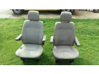 2x Late VW T4 caravelle front passenger and drivers seats with arm rests and bases