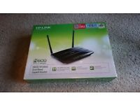 TP-Link TL-WDR3600 300 Mbps Wireless N WiFi Router Dual Band 5GHz and 2.4GHz Gigabit Ethernet