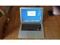 MacBook Air 13inch I5 4GB