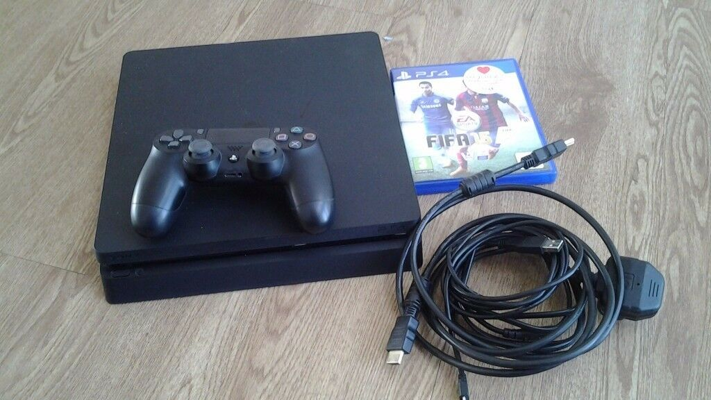 PS4 500GB SLIM CONSOLE WITH 1 CONTROLLER AND 1 GAME