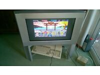 SONY CRT TV with remote ,ideal for SEGA,Nintendo,Commodore,ATARI etc