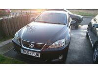lexus is220d black in very good condition !!!