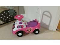 Ride on Minnie Mouse Car – Excellent Condition