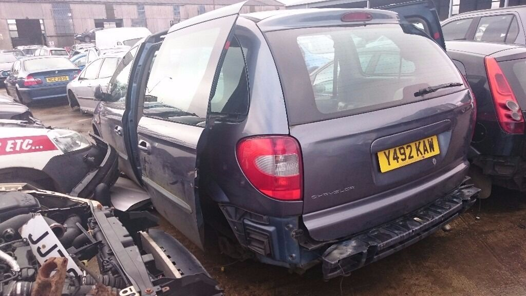 2001 CHRYSLER VOYAGER CRD, SE, 2.5 DIESEL, BREAKING FOR PARTS ONLY, POSTAGE AVAILABLE NATIONWIDE