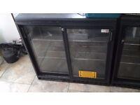 2×2 door bar display bottle cooler. Adjustable shelves