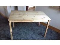 Table/desk (excellent condition)
