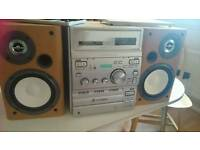 Sony 3cd chnage stereo with radio and aux