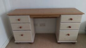 Dresser, chest of drawers + 2 bedside cabinets