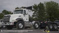 2013 Mack 21'ROLL OFF + EXTENSION GU813
