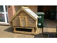Spacious Chicken Shed/Coop for up to 8 birds