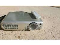 Projector - Toshiba TLP-S10