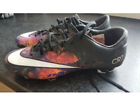 Football boots cr7 ronaldo size 8