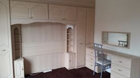 QUEENS PARK AREA BOLTON GORGEOUS VERY LARGE DOUBLE ROOM FURNISHED ALL INCLUSIVE PLUS FREE WIFI
