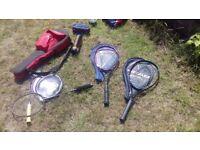 2 tennis rackets 2 badminton rackets
