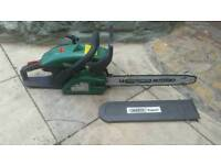 Draper petrol chainsaw excellent working order and had new chain