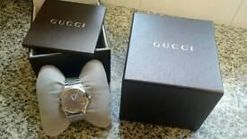 Gucci G Timeless Gentleman's watch 126.4