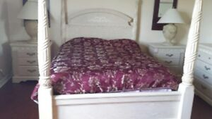 Beautiful Queen bed room set for sale