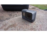 GoPro HERO5 Action Camera - Black 2016 Hardly Used With Case Charger and 64G Card